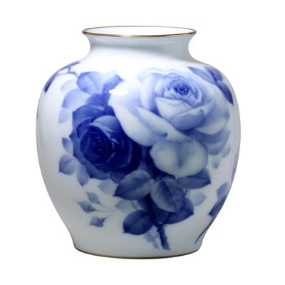皇室御用達 大倉陶園 日本製 ブルーローズ 29m花瓶 【ギフト 出産内祝 結婚内祝 結婚式引出物 快気祝 法事引出物 香典返し お返し 各種内祝 引出物 景品】