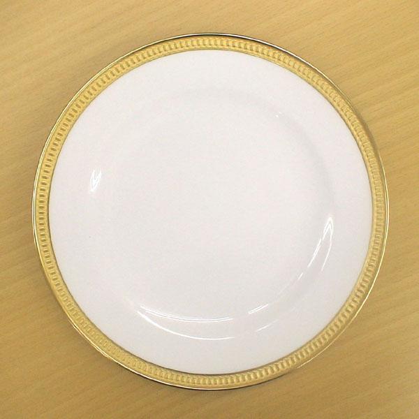 皇室御用達 大倉陶園 日本製 クラウン 20cmケーキ皿 【ギフト 出産内祝 結婚内祝 結婚式引出物 快気祝 法事引出物 香典返し お返し 各種内祝 引出物 景品】