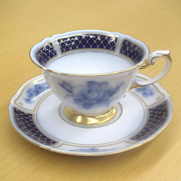 皇室御用達 大倉陶園 日本製 ブルーインペリアル コーヒーカップ&ソーサー 【ギフト 出産内祝 結婚内祝 結婚式引出物 快気祝 各種内祝 引出物 景品】