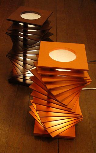 Flamesスパイラルタワー◇木製可動フロアスタンド【インテリア照明】:送料無料