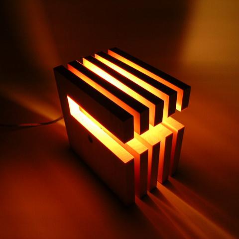 FlamesL-wich(エル・ウィッチ)◇木製可動スタンド【インテリア照明】:送料無料