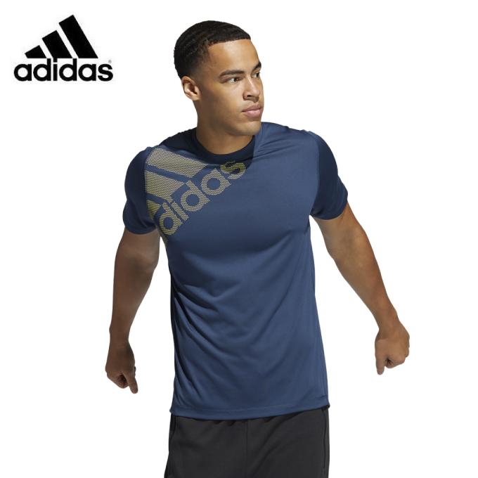 購入後レビュー記入でクーポンプレゼント中 アディダス Tシャツ 祝開店大放出セール開催中 全店販売中 半袖 メンズ FreeLift バッジ GM0658 オブ adidas グラフィック スポーツ FSF86
