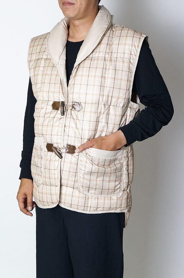 羽毛 袖なし ポンチョ ダウン70%フェザー30% ベスト 男女兼用 はんてん 部屋着 半天 あったか 冬用