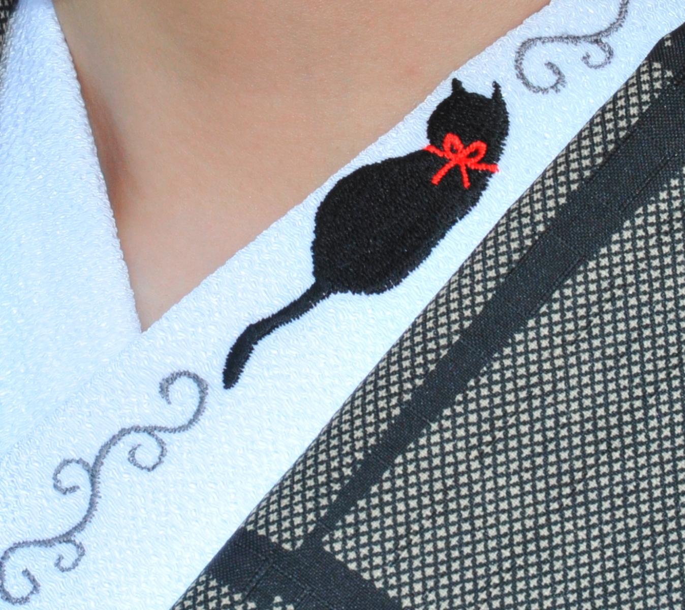 ひめ吉オリジナル商品です 黒猫とツタ半衿☆刺繍 可愛い ねこ ひめ吉オリジナル半襟☆ワンポイント半襟☆「配送について」をお読みください★