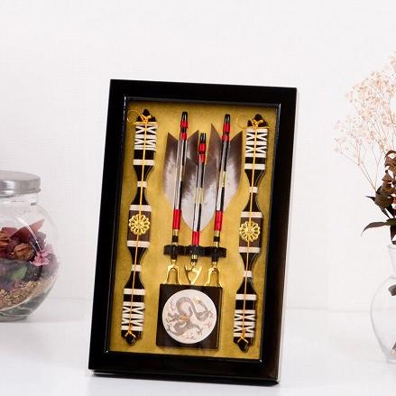 破魔弓 泰8号 額入り 壁掛け 薄型 コンパクト 格安 正月飾り 破魔矢 送料無料