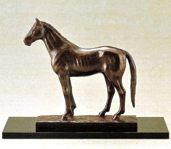 馬の置物/聖馬 津田永寿作品 桐箱付 高岡銅器の馬置物