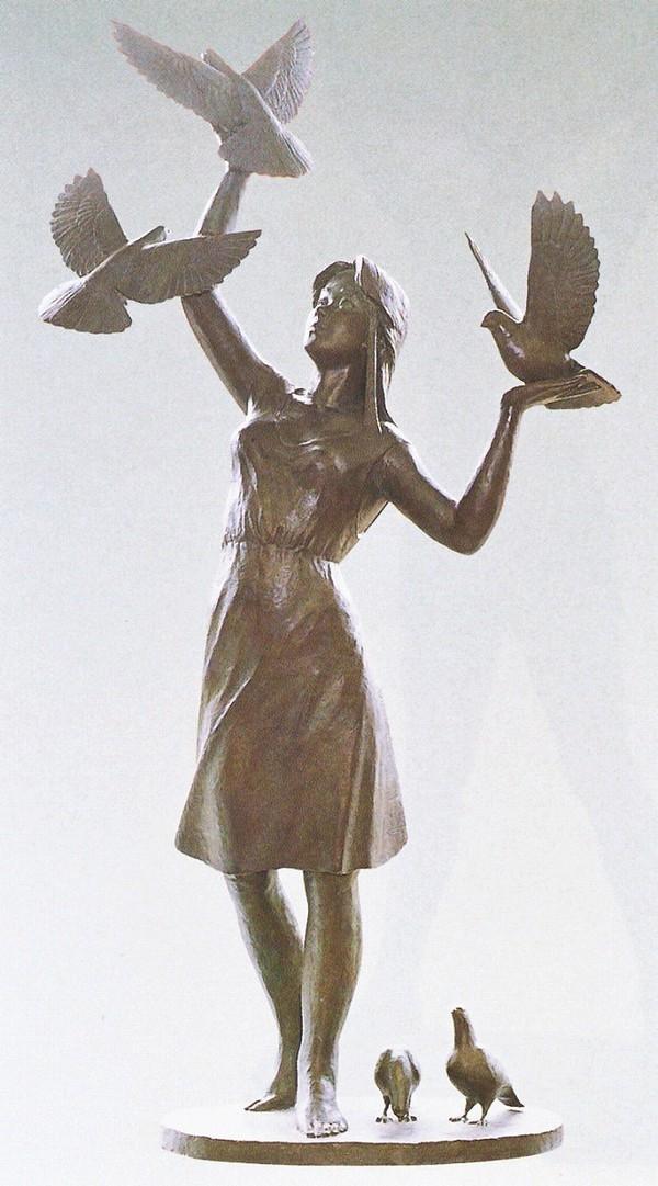 丸山幸一作品 大型ブロンズ像/平和の像 丸山幸一作品 高岡銅器