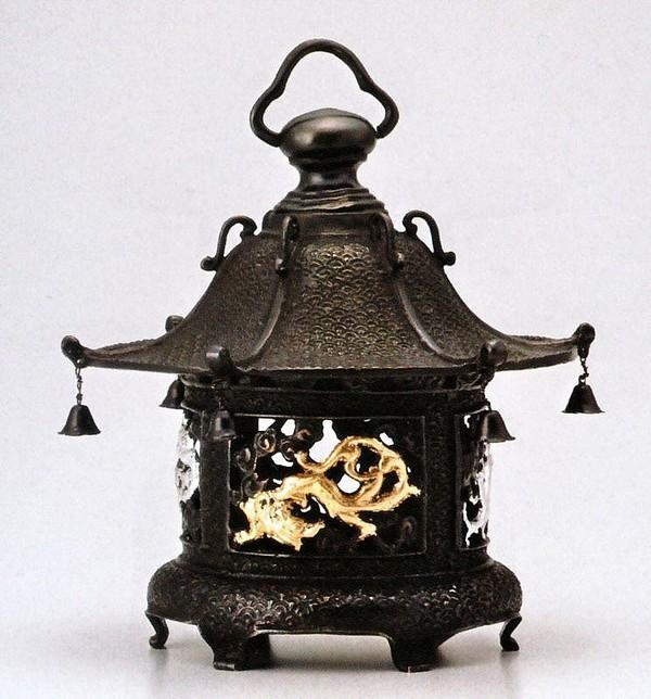 高岡銅器の庭置物 吊るし灯籠/丸型竜 クサリ付/美術工芸通販