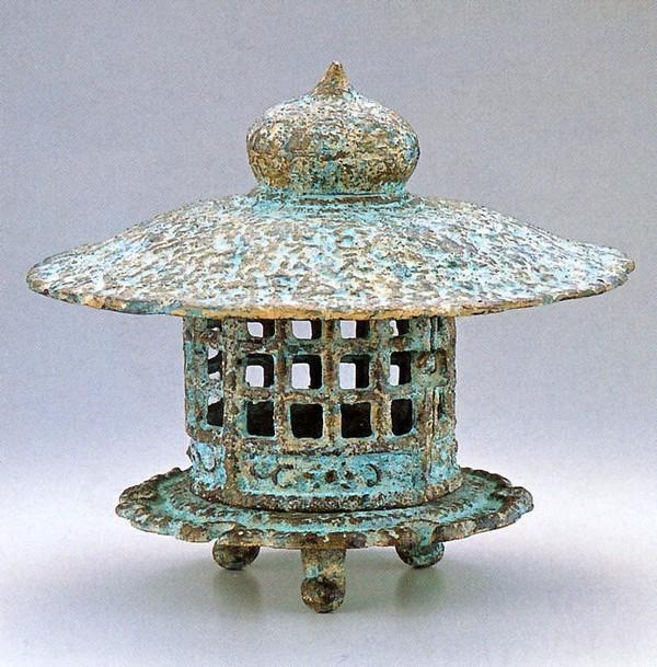 置き灯籠/与次郎燈籠14号 高岡銅器の庭置物 美術工芸通販