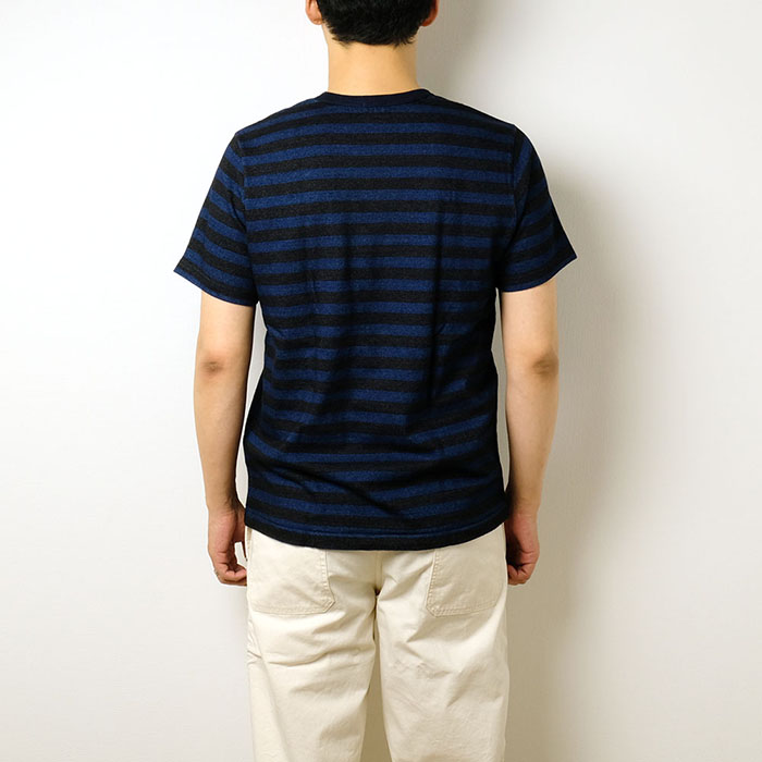 e084d9ac The indigo T-shirt of the bar gas plus. A feeling of soft cloth plump in  spite of being wall thickness