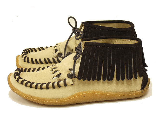 A handmade boots fringe made in Italy is moccasins boots Punto Pigro プントピグロ ladies short boots leather of ネィティブムード
