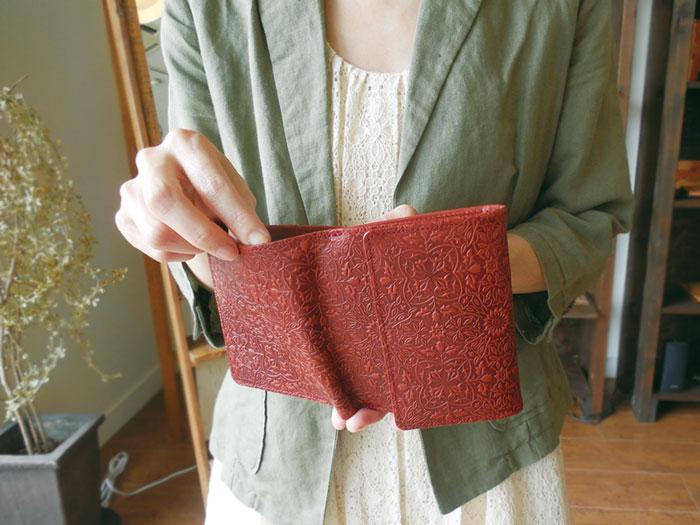 BOX 동전 지갑 딸린 반 접기 지갑 ◆ 모리스 카멜