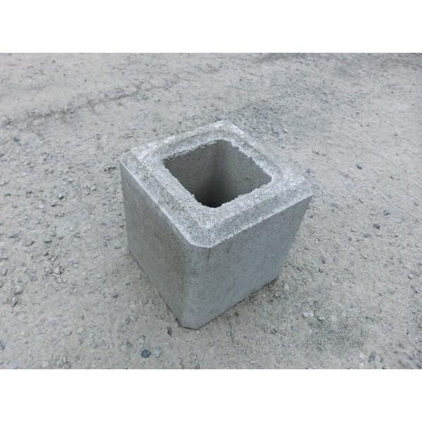 ついに入荷 基礎ブロック 200mm角 高さ200mm ☆送料無料☆ 当日発送可能 200角×高さ200 重さ11kg