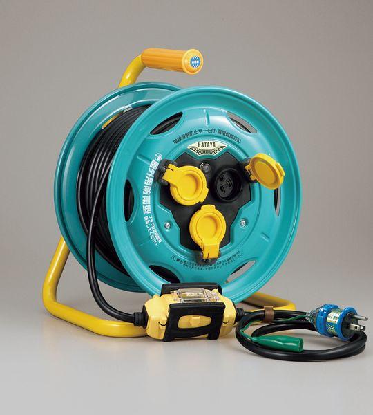 【メーカー在庫あり】 エスコ ESCO AC125V/15A/30m コードリール(防雨、漏電遮断器付 EA815BW-30 HD店