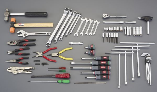 【メーカー在庫あり】 [69個組] 工具セット EA612SB-51 HD店
