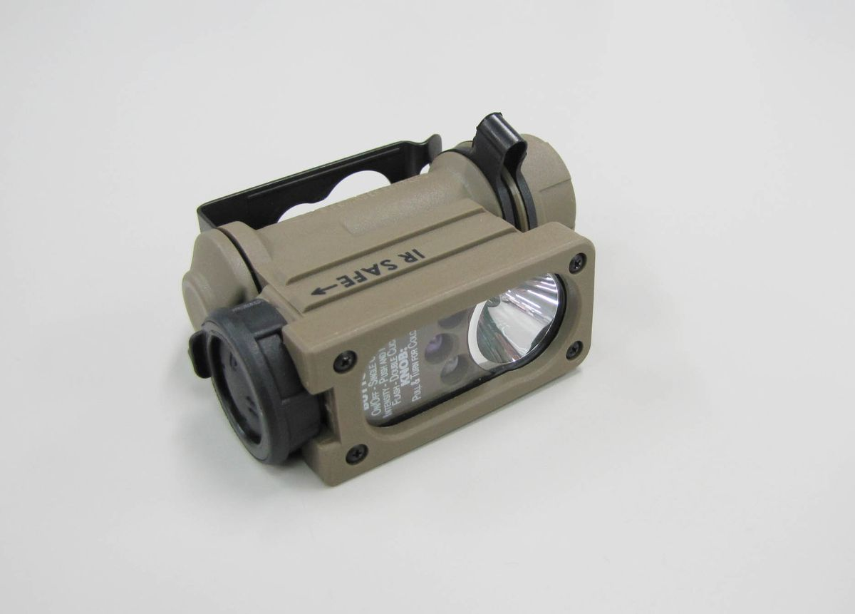 【メーカー在庫あり】 エスコ ESCO 単3x1本 ミリタリーライト/LED 000012252075 JP店