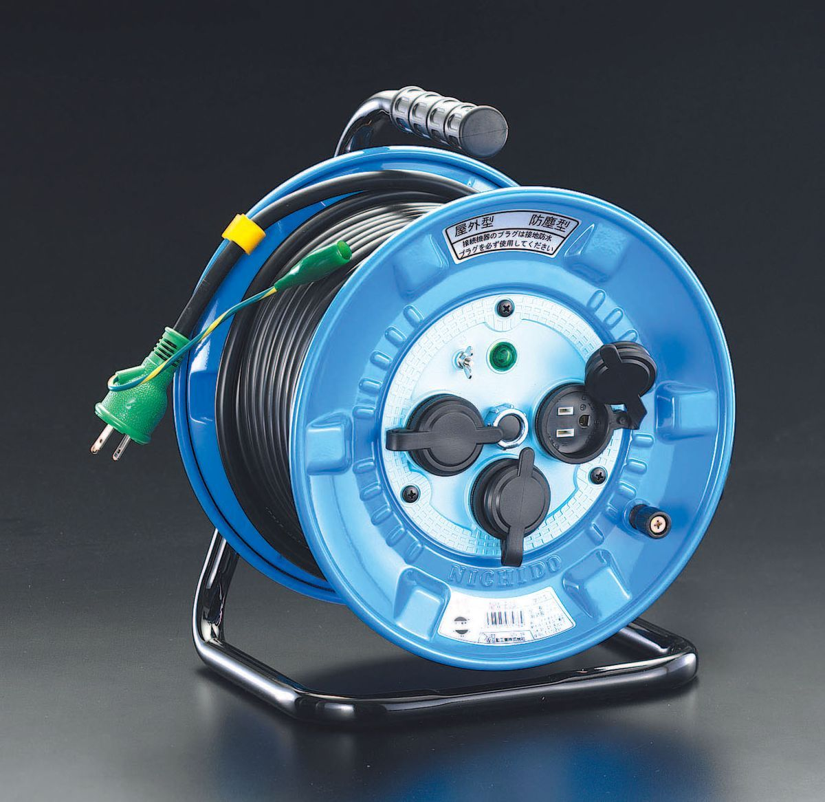 【メーカー在庫あり】 エスコ ESCO AC100V/22A/30m 電工ドラム 防雨型/アース付 000012069337 JP店