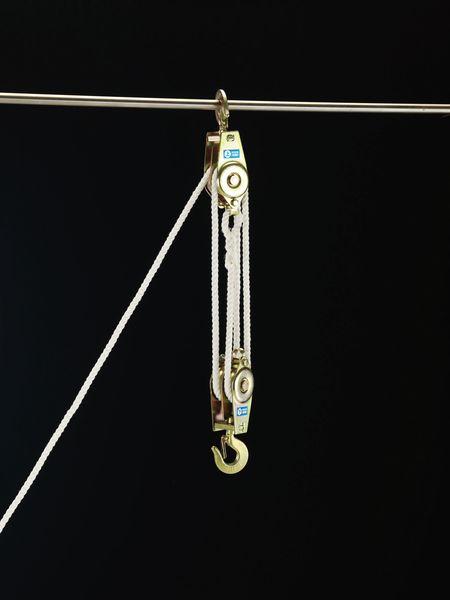 【メーカー在庫あり】 250kg/3m ロープホイスト EA987CG-1 JP店