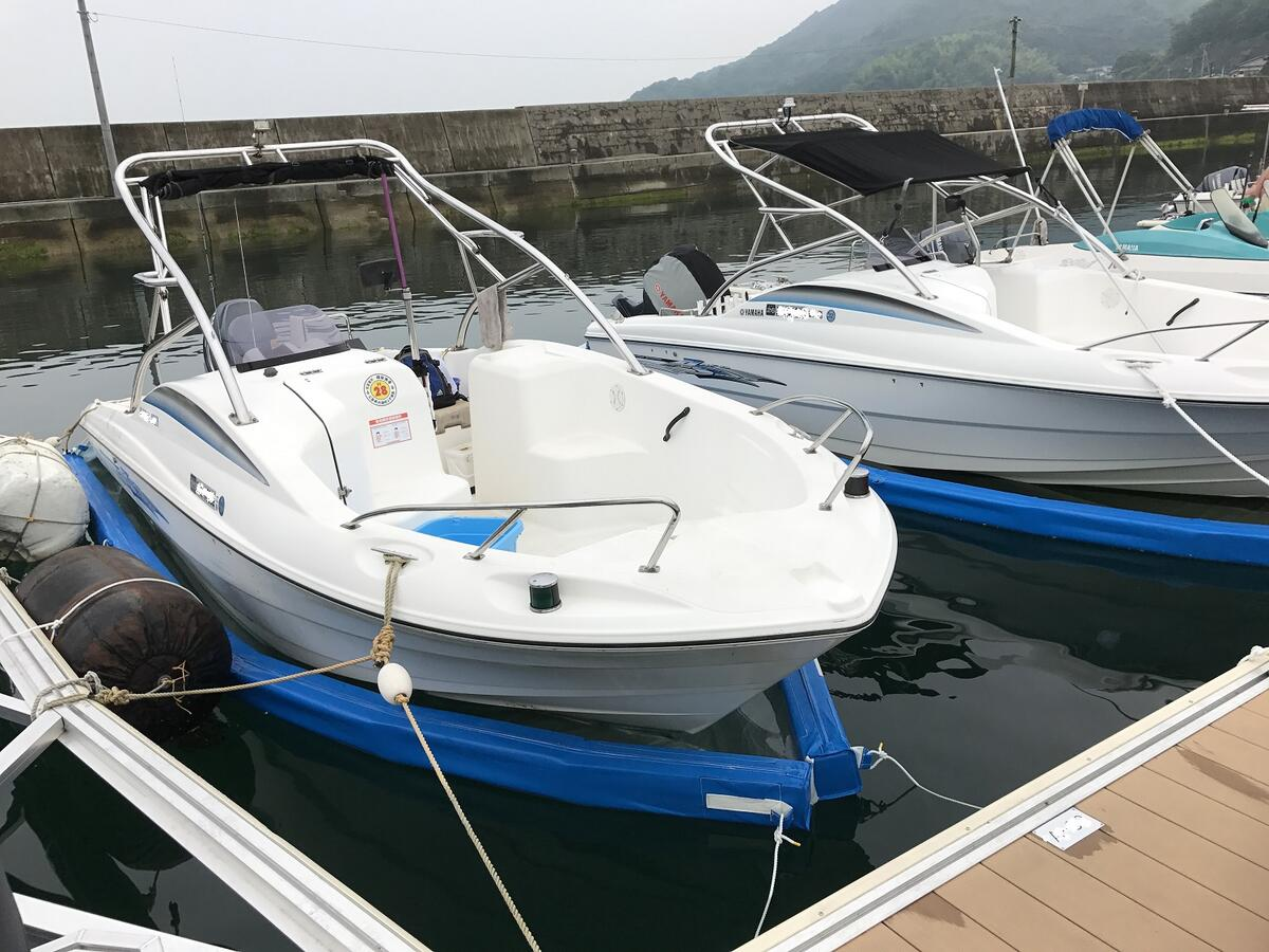 ボートオーナーの悩みを解決する限定モデル【船底シートSタイプ】※タイプは船外機仕様のみ※フロートカラーはブルーのみ