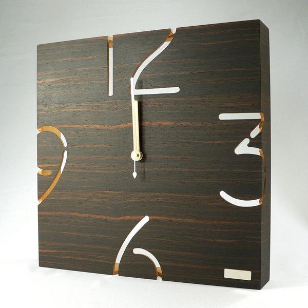 一枚板を曲げてつくる工芸美、空間に映えるインテリア時計 掛け時計 木製 29cm 黒檀 四角 パズルウォール PUZZLE WALL TYPE W