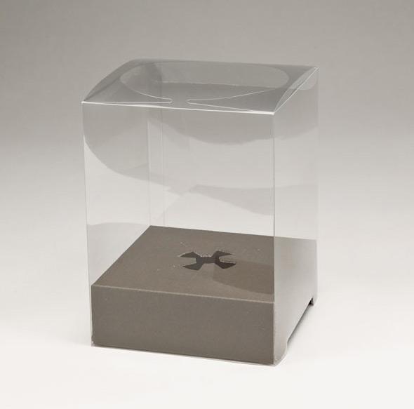 贈り物・保管用・ホコリよけに便利な透明の箱★ ギフト用クリアボックス・台紙付きLサイズ18cm×18cm×高さ25cm【プレゼント用ギフトボックス 透明保存箱】