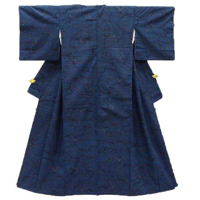 【中古】 リサイクル着物 紬 真綿紬 正絹 紺 幾何学文様 裄63cm Mサイズ つむぎ hh5117 【着物ひととき】