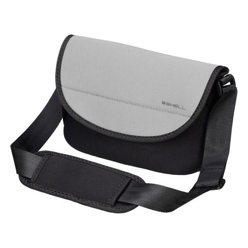 ウェットスーツ素材のカメラバッグ エントリーでポイント5倍 ~9 11 土 01:59迄 ショッピング アウトレット 訳あり特価 ハクバ HAKUBA 営業 おしゃれ ショルダーバッグ S スリムフィット プラスシェル ライトグレー SP-SFSBSLG カメラバッグ 一眼レフ