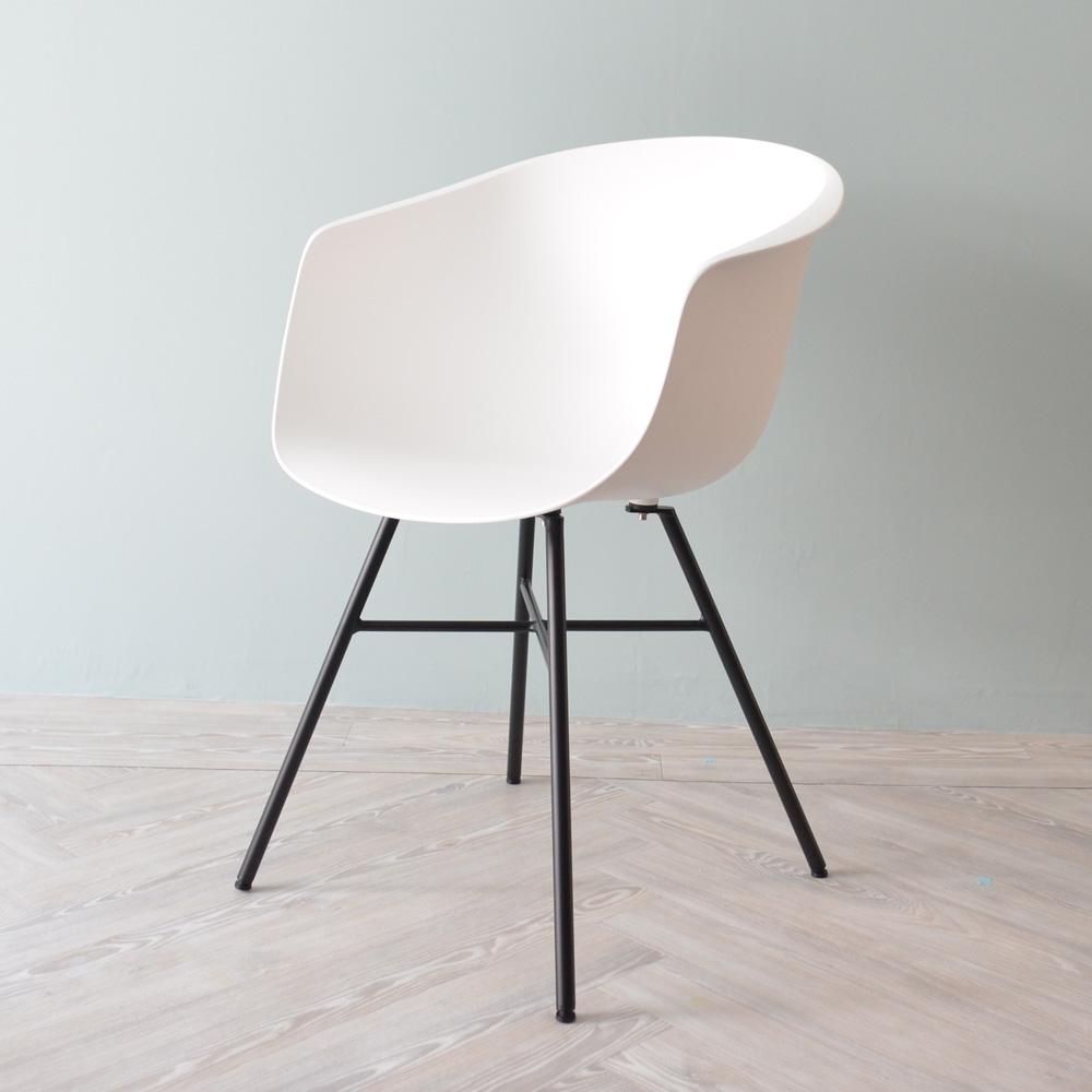 「500円割引レビュークーポン配布中」コスメーアチェア CosmeaChair オシャレ 椅子 ダイニングチェア カラフル いす ベーシック樹脂 オリジナル シンプル 送料無料 おしゃれ チェアー カフェ 一人用 一人掛け