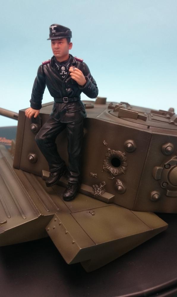 龙行动 18 再加上 1/18 WW.II 王牌虎 Michael Wittmann 图 w / 罐立体模型版本