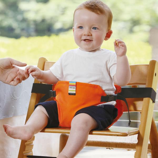 コンパクト収納で外出先で大活躍 日本エイテックス キャリフリー チェアベルト ポケット(ベビー お食事 子供 ベビー 赤ちゃん 椅子 安全ベルト 腰ベルト baby)