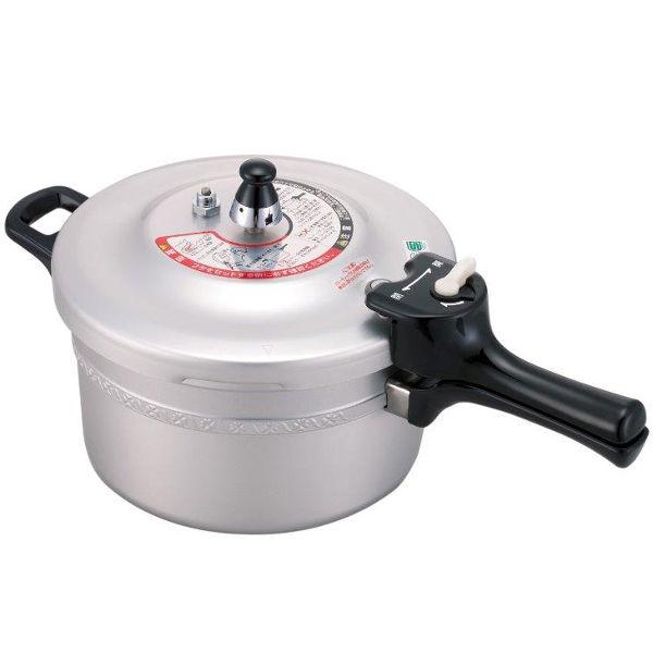【数量限定】フッ素樹脂加工 圧力鍋 4.5L 8合炊き フッ素樹脂に対して3年保証、圧力鍋に対して1年保証付ガス火用 安全 安心 日本製