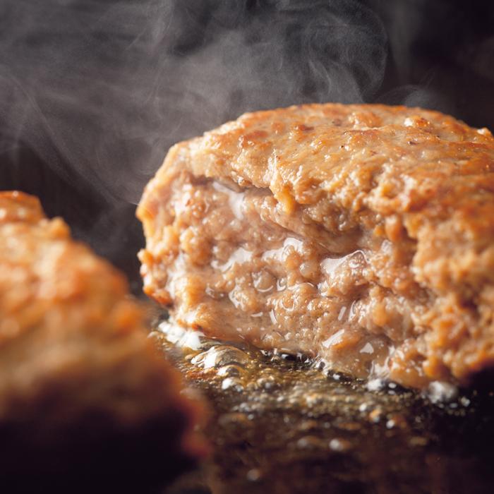 北海道産の牛肉を使い 牛肉の美味しさをぎゅっと閉じ込めた肉汁あふれるビーフハンバーグです お買い得 月~金 営業日 AM11時までのご注文は 当日発送 単品 穴のあいたビーフハンバーグ150g1個 ホクビー 北海道産牛 送料込商品と同梱で送料無料 選べるBekoセットも御覧ください 北海道どさんこプラザ ラヴィット 国産 卓越 北のブランド2021