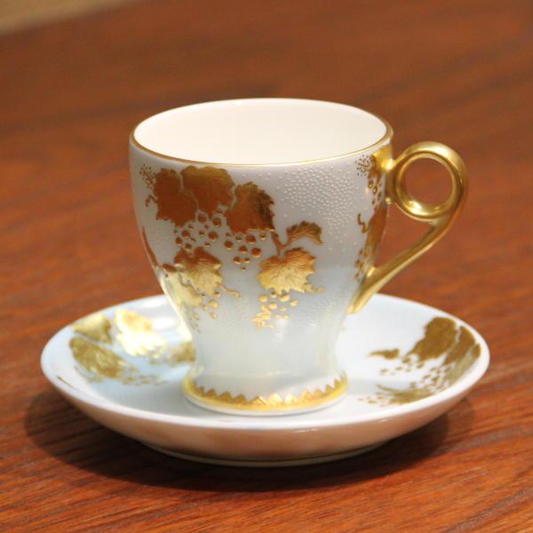 仲田錦玉 九谷焼デミタスコーヒー碗皿 白粒盛金葡萄 水色 [デミタスカップ コーヒーカップ&ソーサー]