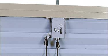 YKKAPオプション窓サッシ引き違い窓フレミングJ:雨戸錠[上部錠(ひもなし)]