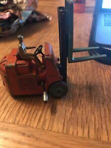 送料無料 卸直営 ホビー 模型車 車 レーシングカー toys 無料サンプルOK ビンテージフォークリフトdinky vintage elevateur chariot