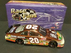 送料無料 トニースチュワートアクションピーナツ大きいカボチャのポンティアックグランプリ#2002 セットアップ Tony Stewart Action 1 24 選択 Pontiac #20 Grand Peanuts Great Pumpkin Prix