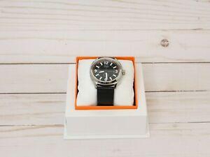 送料無料 腕時計 在庫一掃売り切りセール モバドウォッチスイスクォーツエクセルオレンジブラックレザーウォッチ 安い