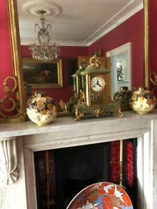 送料無料 キッチン用品 食器 調理器具 陶器 レアロイヤルクラウンダービー蓋付き花瓶の見事なペアStunning 安全 Pair of C.1889 卸直営 Derby Crown Vases Rare Royal Lidded