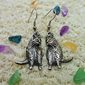 【送料無料】猫 キャット ネコ イヤリング ピアスピューターイヤリング?pewter cat earrings 92 tin; an ideal 10th wedding anniversary tin gift