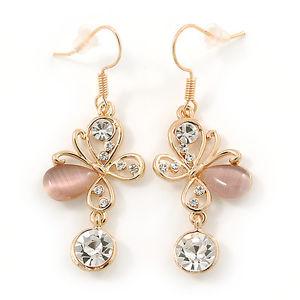 【送料無料】猫 キャット ネコ イヤリング ピアスクリスタルクリアライトピンクメッキストーンバタフライドロップイヤリングclear crystal, light pink cat eye stone butterfly drop earrings in gold plating