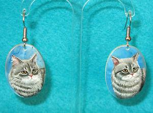 【送料無料】猫 キャット ネコ イヤリング ピアスイヤリングシェルロシアネコearrings natural shell russian hand painted unique kitten grey cat signed izotov