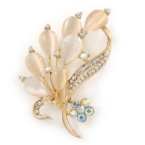 【送料無料】ネコ 猫 ネックレス ゴールドトーンメタルブローチneutral cat eye stone, crystal floral brooch in gold tone metal 55mm l
