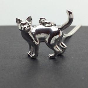 【送料無料】ネコ 猫 ネックレス ペンダントネックレスソリッドスターリングシルバーチェーン