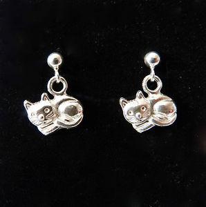 【送料無料】ネコ 猫 ネックレス イヤリングシルバーイヤリングearrings shaped kitten 925 silver little cat earrings sterling silver
