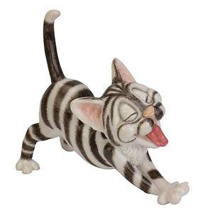 【送料無料】猫 ネコ キャット 置物 シルバーボックスlittle paws nevil silver amp; white cat figurine  in gift box
