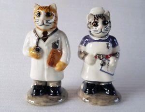 【送料無料】猫 ネコ キャット 置物 ナースウズラセラミックスdoctor amp; nurse salt amp; pepper cats quail ceramics