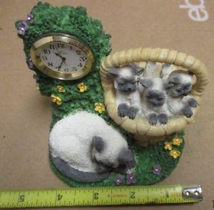 【送料無料】猫 ネコ キャット 置物 バスケットクロックィスガレージシャム
