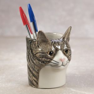 【送料無料】猫 ネコ キャット 置物 ペンtabby cat pen pot
