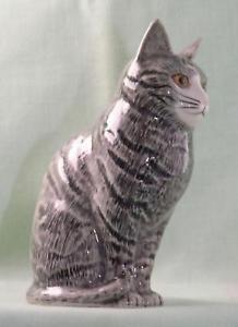 【送料無料】猫 ネコ キャット 置物 ウズラ##;#quail ceramics animal figure moggie cat 034;patience034; 4034; 693