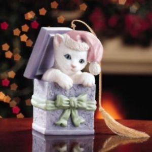 【送料無料】猫 ネコ キャット 置物 ボックスクリスマスツリーレノックスネコlenox kitten in a box xmas tree ornamenthand painted porcelain cat figurine